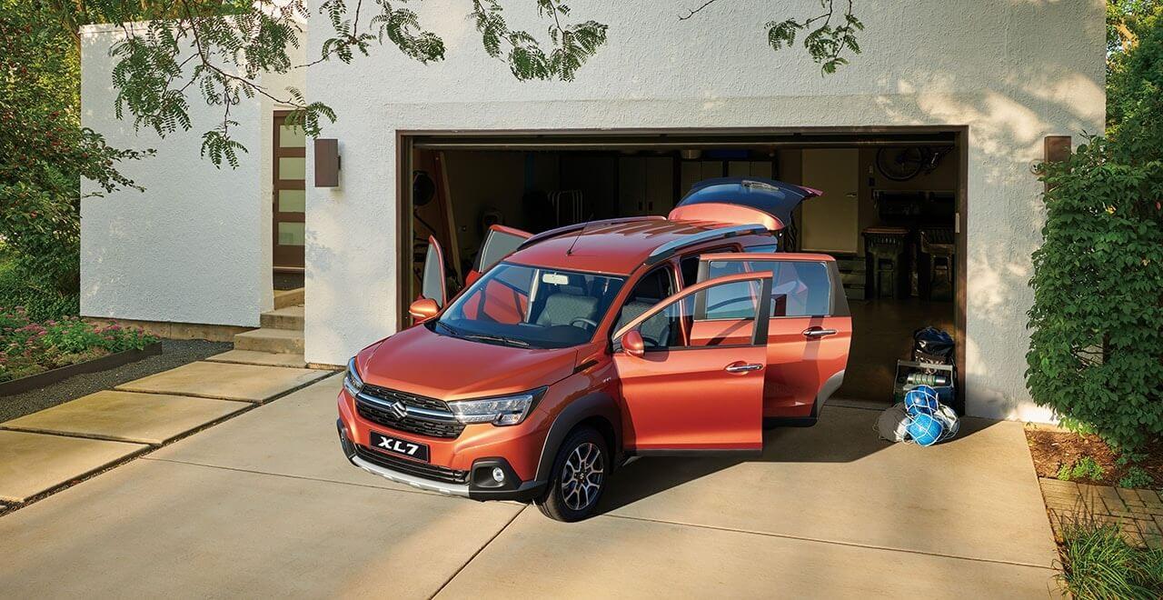 Suzuki-XL7-interior-banner-3